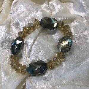 Jewelry - Crystal stretchy bracelet